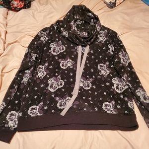 Ultra Flirt cowl neck sweatshirt size Large!